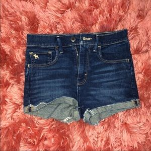 GIRLS ABERCROMBIE AND FITCH SHORTS GREAT CONDITION